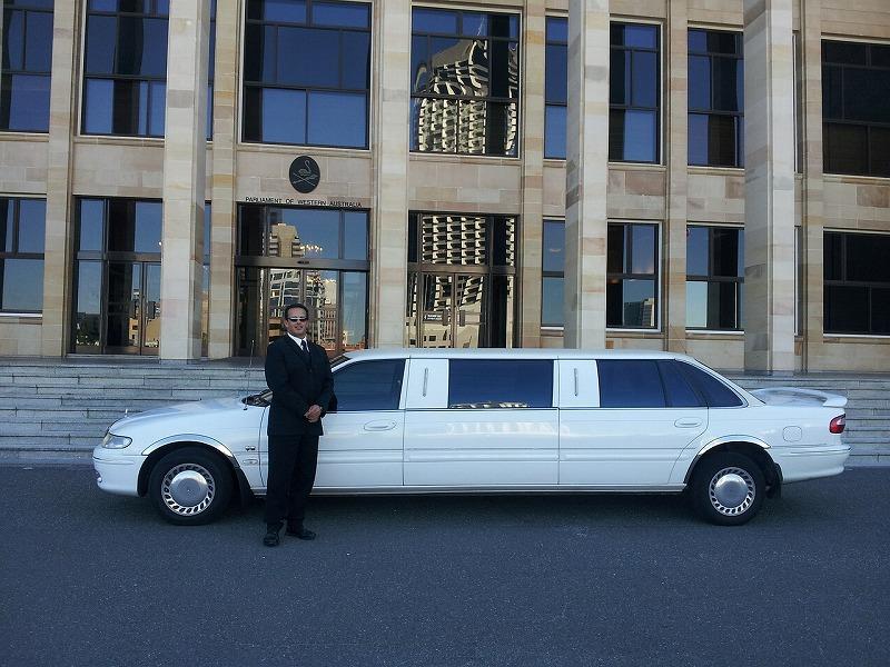 limousine-601462_1280-800